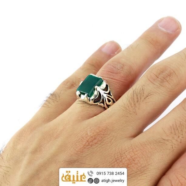 انگشتر نقره عقیق سبز طبیعی مردانه سبک اسلیمی | سایت جواهری عتیق: atigh.jewelry