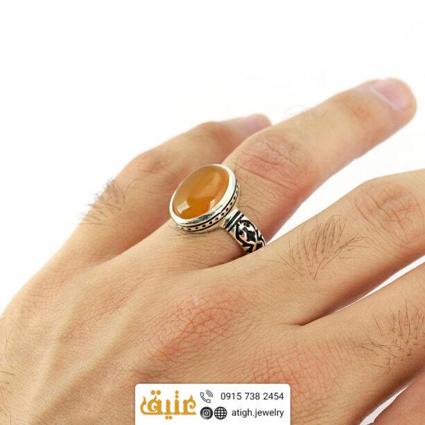 انگشتر نقره عقیق شرف الشمس معدنی مردانه رکاب با نقوش اسلیمی