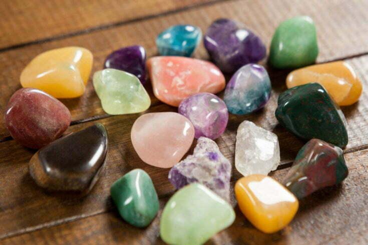 تاریخچه سنگ ها و جواهرات